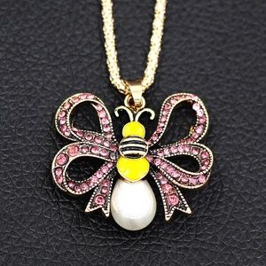 Jewelry - New Crystal Bow Pearl Bee Insect Pendant Necklace